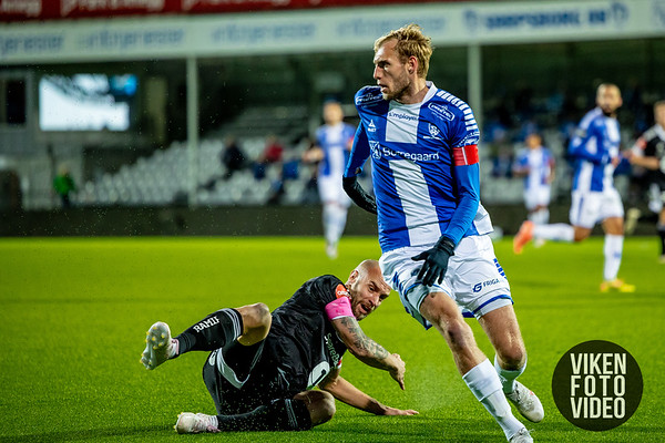 Sarpsborg 08s Jonathan Lindseth i kampen mellom Sarpsborg 08 og Rosenborg. Foto: Thomas Andersen