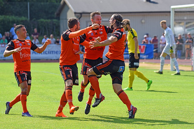 #6. Fredrik Zickbauer, #10. Rasmus Holgersson, #15 Anton Sigvardsson