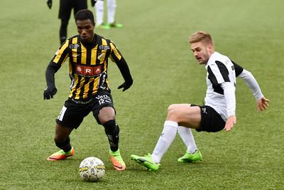 #17 Johan Mårtensson, #12 Mohammed Abubakari