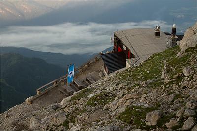 Gomiščkovo Hut