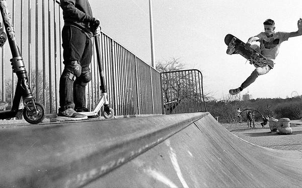 Skate trick in Tineretului, feb. 2019