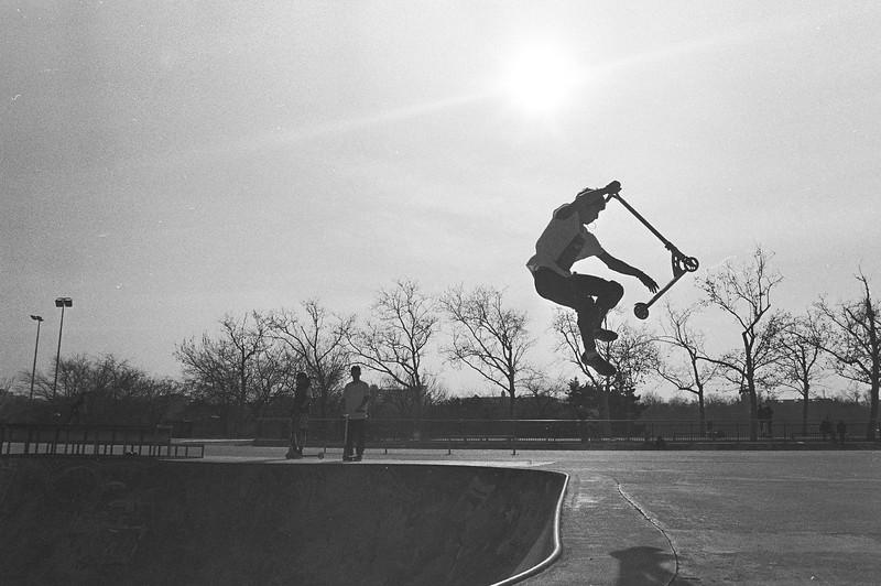 Scooter trick, Tineretului Park, feb. 2019