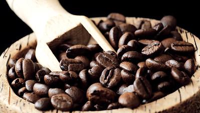 Koffiebonen met schepje