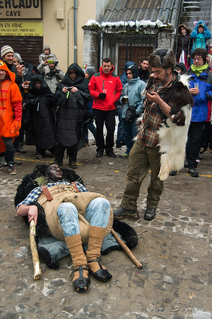 Carnabal de Bielsa. El hombre y la bestia