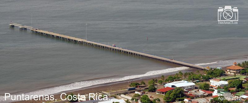 El muelle de Puntarenas. Puntarenas pier. <br /> <br /> Puntarenas, Costa Rica.