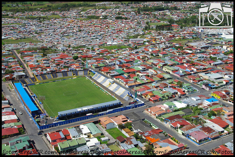 "Estadio José Rafael ""Fello"" Meza. <br /> Cartago, Costa Rica<br /> Abril 2013"