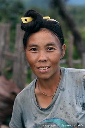 Hmong vas ob burmanski meji, Laos (2010)