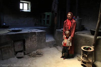 Qila-e-Panja, Wakhan, Afganistan (2011) - Skromna kuhinja za skromne obroke, s katerimi se preživljajo prebivalci wakhanske doline.