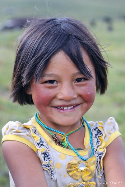 Tagong Grasslands, Kham, Tibet/Kitajska (2010) - Brezskrbno otroško življenje med pašniki in jaki. Svoboda v pravem pomenu besede.
