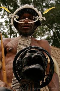 Wamena, Zahodna Papua (Irian Jaya), Indonezija (2007) - Predniki in potomci. Še vedno v isti hiši.