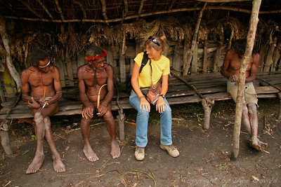 Jiwika, Zahodna Papua (Irian Jaya), Indonezija (2007) - Ta ženska se pa res na zne obleči!