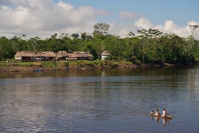 Amazonía, Peru (2009) - Meditacija družinskega potovanja na drugi breg Amazonke.