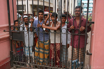 Dhaka, Bangladeš (2008) - V Bangladešu sva bila mi2 njim bolj zanimiva, kot oni nama.