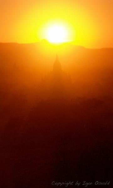 Bagan, Mjanmar (2006)