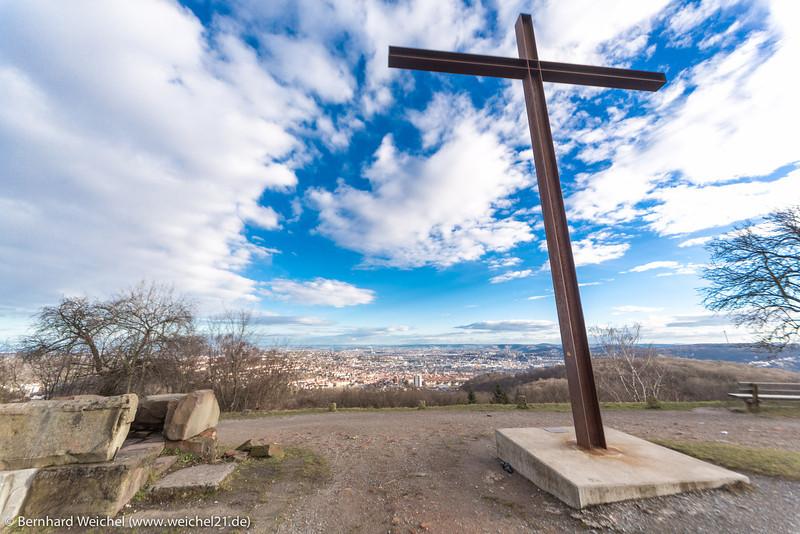 Stadt unter dem Kreuz (3)