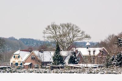 2005 mrt 04 sneeuw huis gortel  003