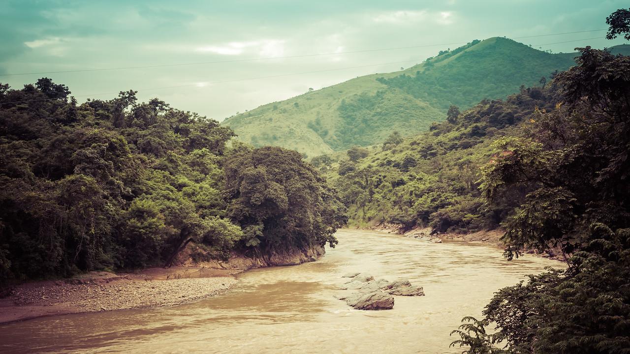 Bosque petrificado de Puyango, Ecuador