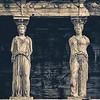 Estátuas Gêmeas Na Acrópole