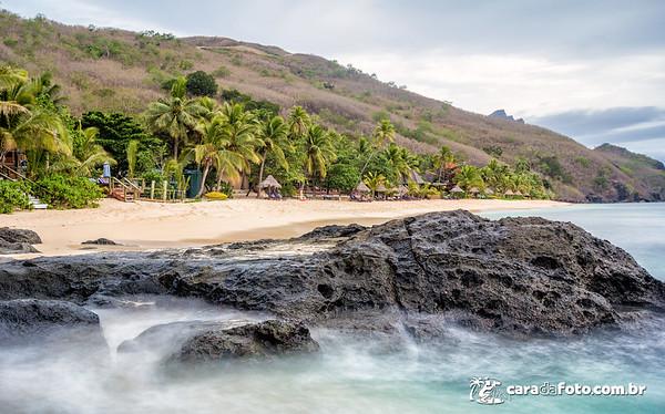Constrastes e Movimentos Em Praia Paradisíaca…