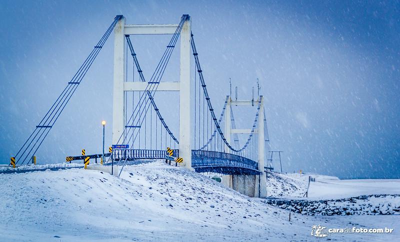 Ponte No Meio Do Nada