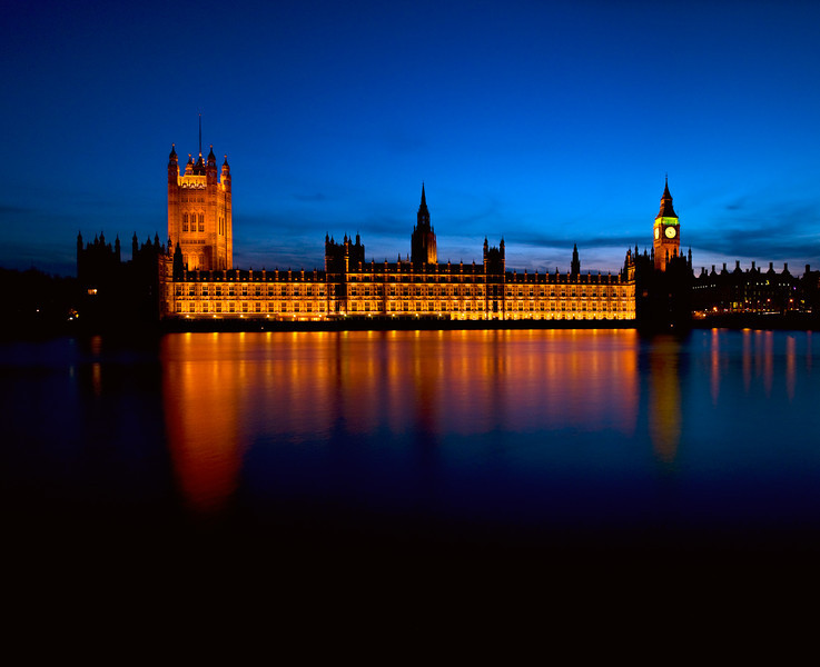 View across the River Thames of the Houses of Parliament