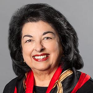 Dr. Liana Fernandez Fox