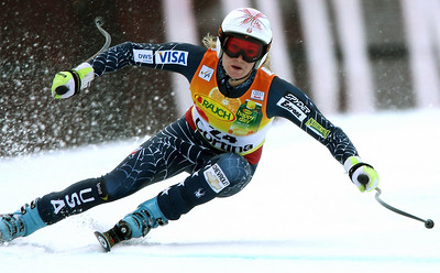 Cortina d'Ampezzo, ITALY:  US Julia Mancuso clears a gate during the Alpine Women's Super-G in Cortina 19 January 2007. Mancuso won the race, Austrians Nicole Hosp finished in second place and Renate Goetschl third.  AFP PHOTO JAVIER SORIANO  (Photo credit should read JAVIER SORIANO/AFP/Getty Images)