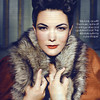 Caro Emerald's Vintage 40's inspired style