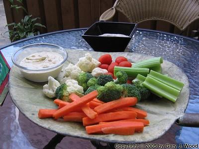 Veggies 'n' dip