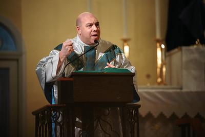 _NIK1650 Lent St  Patricks Fr  Markellos shroud