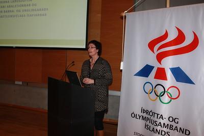 Fjármálaráðstefna ÍSÍ, haldin í Laugardalshöll 29. nóvember 2013. Birna Lárusdóttir ritari Körfuknattleiksfélags Ísafjarðar hélt erindi á ráðstefnunni.