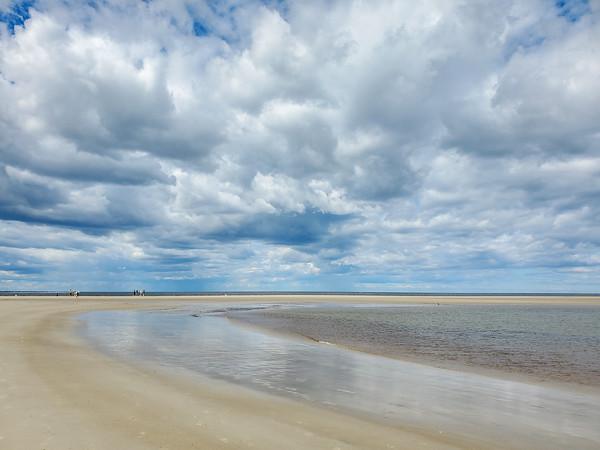 clouds over Crane Beach