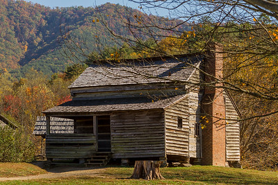 Smoky Mountain Homestead in Autumn
