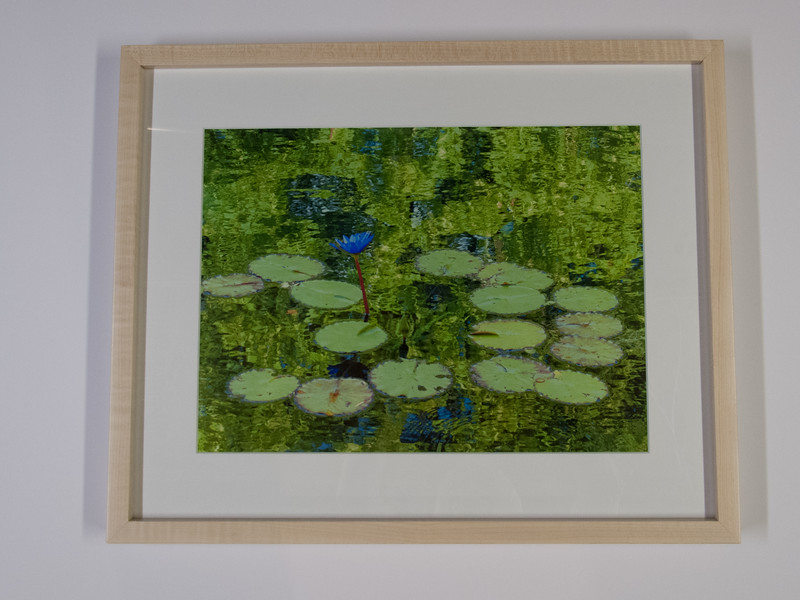 Galery Style Natural Maple Frame with Single Mat