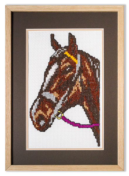 Bespoke needlework design by Stuart Beattie, Horse 1