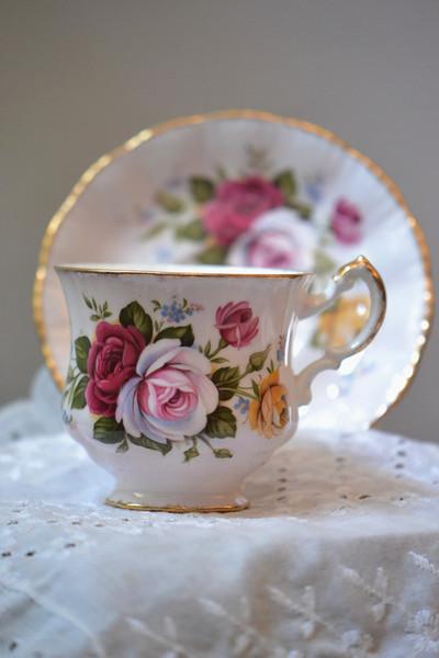[Paragon Pottery, England]