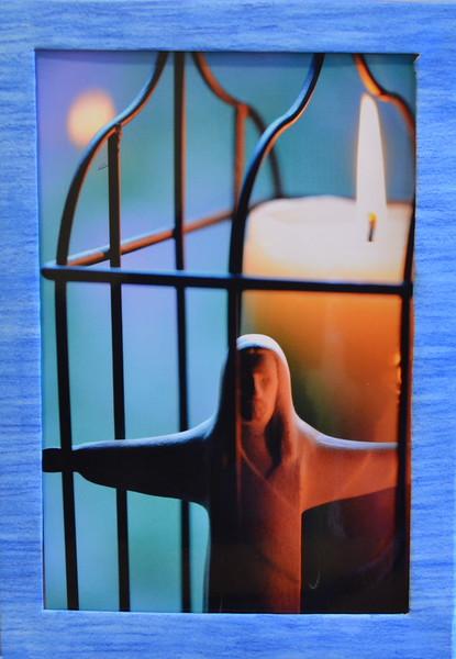 45  Jesus candle (center framed)