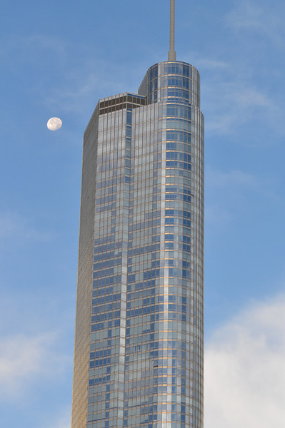 60  Chicago Loop with Moon (right photo)