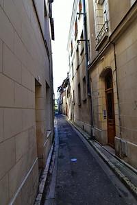 04222017_Amboise_Street_750_2005
