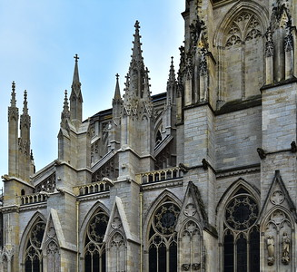 04292017_Bordeaux_St_Andre_Cathedral_Butresses_750_3142