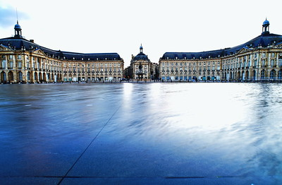 05022017_Bordeaux_Mirror_Fountain_750_3486