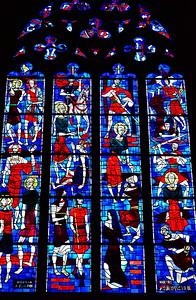 04292018_Bordeaux_Basilica_Saint_Michel_stained_glass_window_750_3231