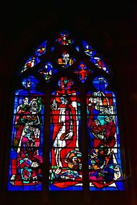 04292018_Bordeaux_Basilica_Saint_Michel_stained_glass_window_750_3251