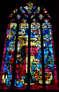 04292018_Bordeaux_Basilica_Saint_Michel_stained_glass_window_750_3211
