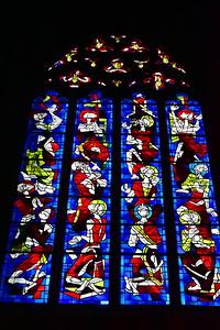 04292018_Bordeaux_Basilica_Saint_Michel_stained_glass_window_750_3215
