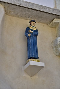 04202017_Orleans_Statue-Wall_750_1748