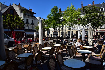 Outdoor Lunch in Tours