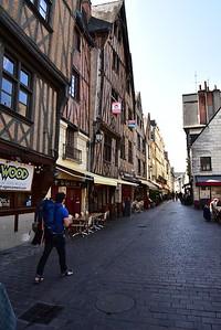 Street Scene in Tours
