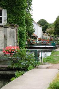 Locks in Is-sur-Tille (3)