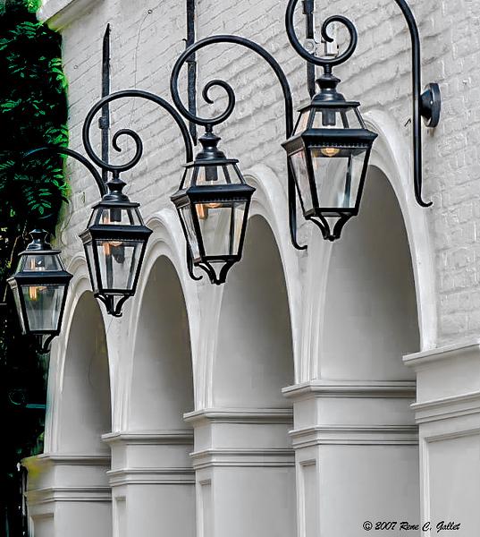 Bruges Colonnade